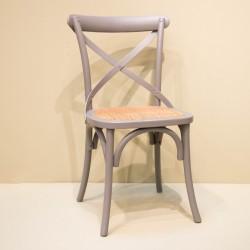Chaise à croisillon gris...